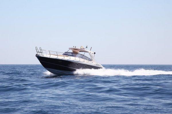 Lo yacht in navigazione